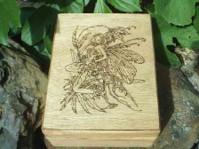 Raviyoyla Queen Fairy Altar Box