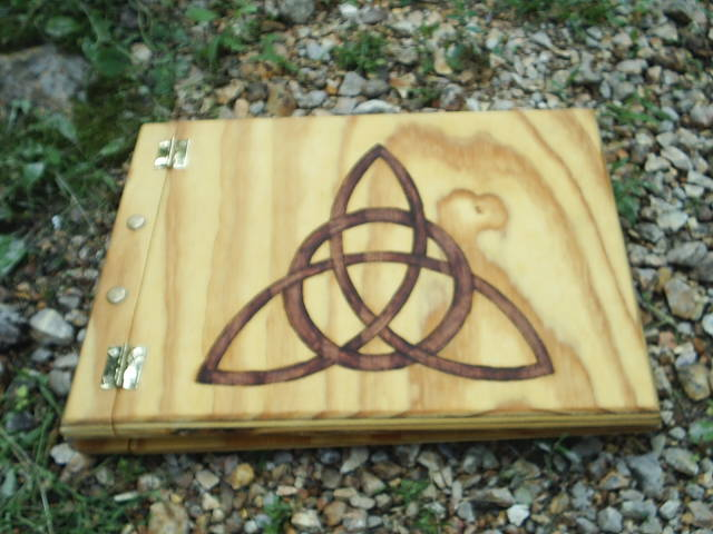Charmed Witches Symbol, The Power of Three