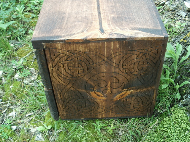 Celtic Knot and Triskel on the side of this box.