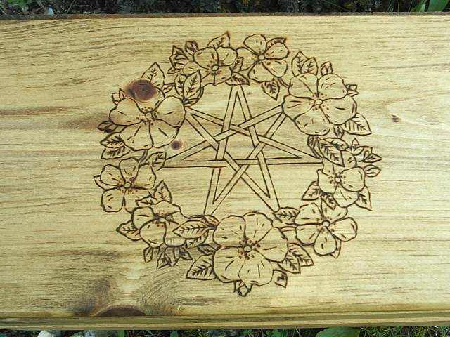 Fairy Magick star and floral wreath