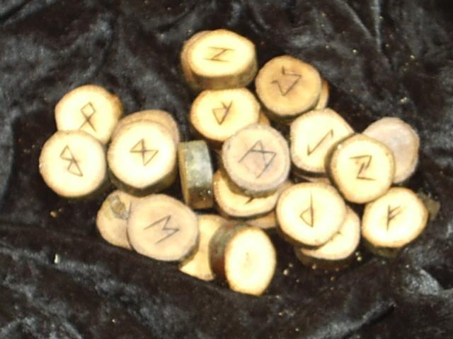 Elder Futhark 25 Rune Set