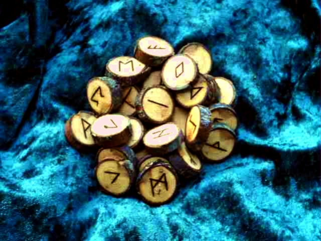Northumbrian 34 Rune Set