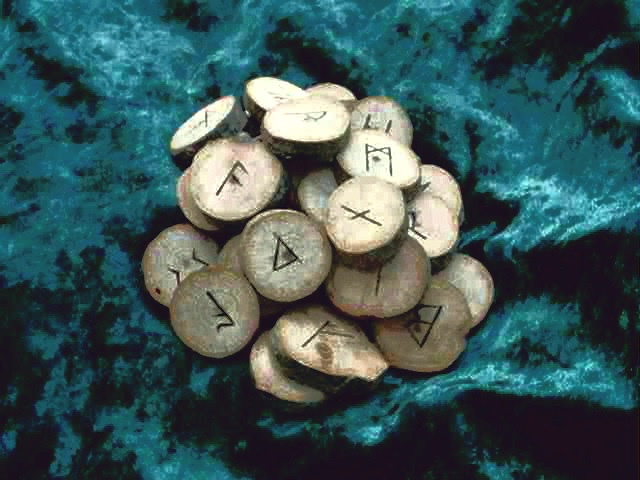 Seax Wica 31 Rune Set